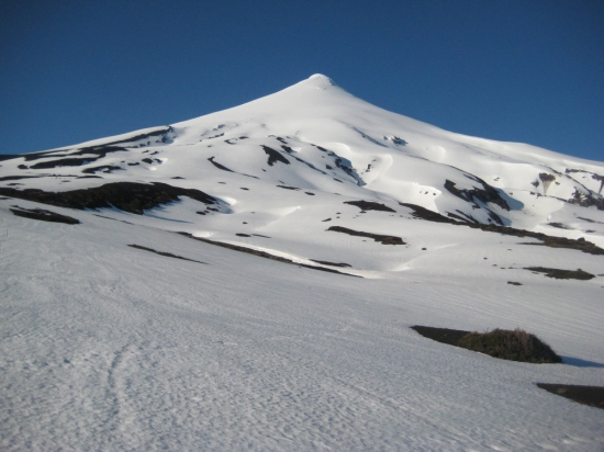 The volcano held perfect corn snow for 5000' vertical