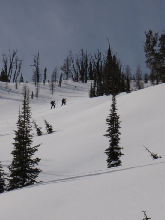 Skinning to the ridge above Lappi Lake